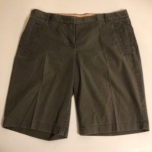 J Crew ladies walking Shorts size 8